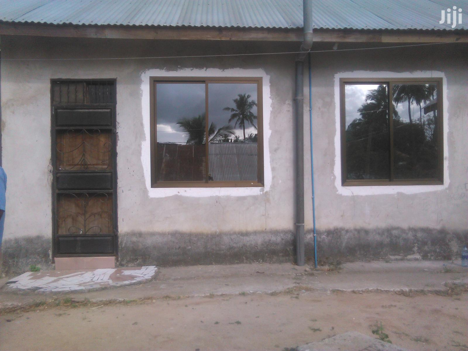 Single Bedroom House For Rent