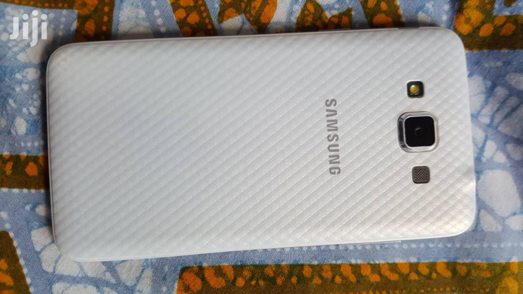 Archive: Samsung Galaxy Grand Max 16 GB White