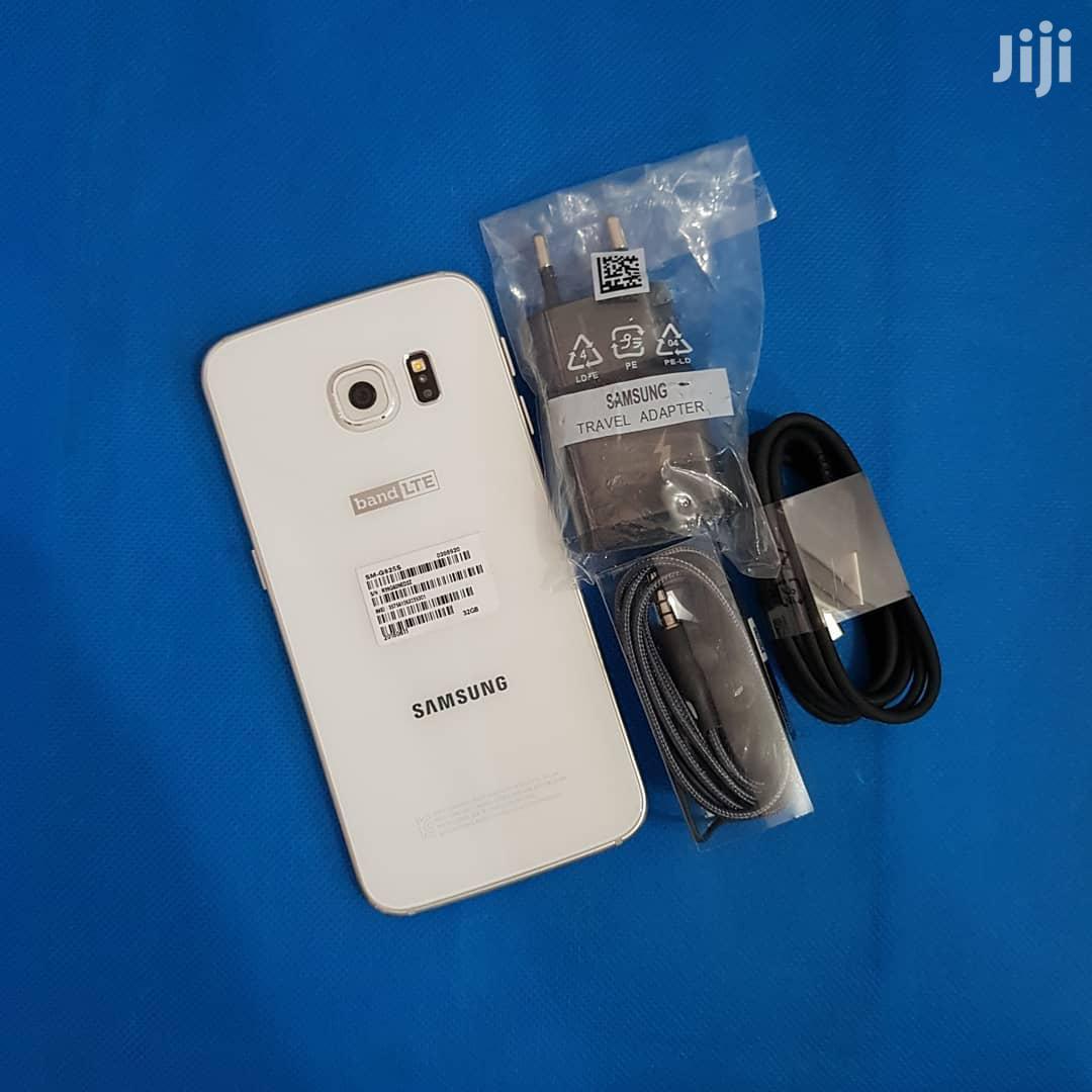 New Samsung Galaxy S6 edge 32 GB White