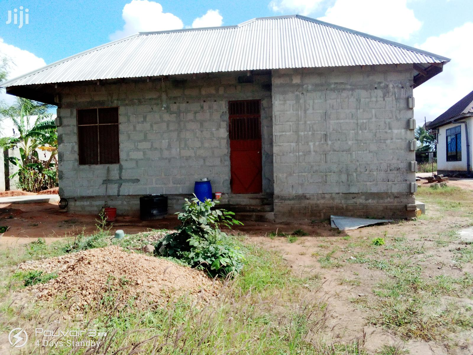Nyumba Mbili Zinauzwa Pamoja Kigamboni Toangoma