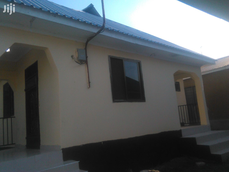 Ina Vyumba2,Master,Sebule,Jiko,Publictoilet Na Car Parking   Houses & Apartments For Rent for sale in Kinondoni, Dar es Salaam, Tanzania
