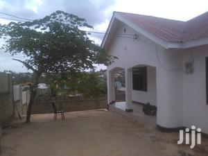 Ina Vyumba3,Master,Sebule,Jiko,Public Toilet Na Car Parking | Houses & Apartments For Rent for sale in Dar es Salaam, Kinondoni