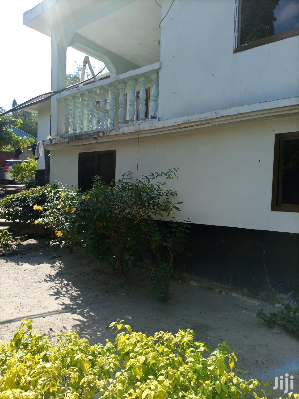 Archive: Ina Vyumba5,Master,Publictoilet,Sebule,Jiko,Servantquarter