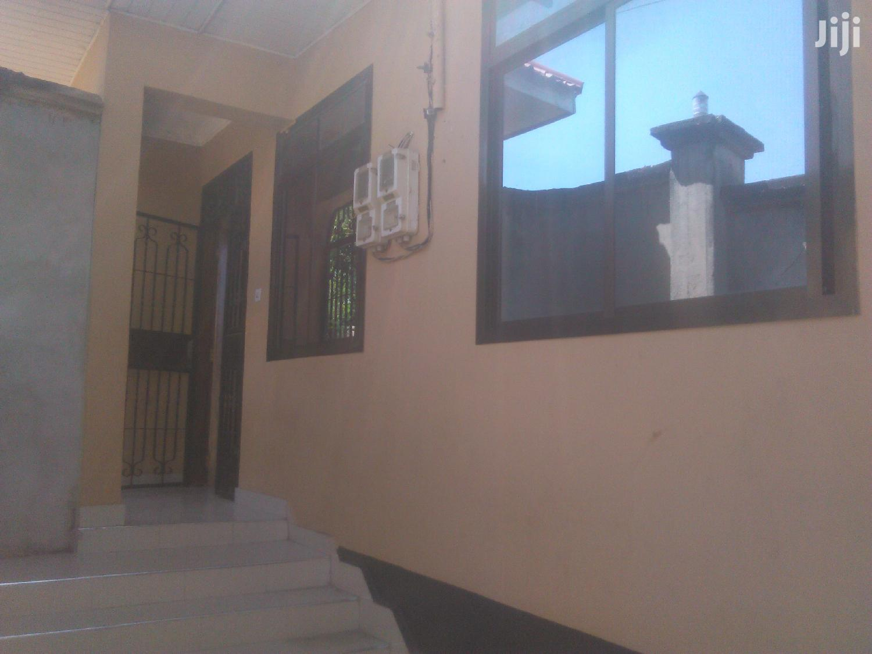 Ina Vyumba2,Master,Public,Jiko,Sebule Na Car Parking | Houses & Apartments For Rent for sale in Kinondoni, Dar es Salaam, Tanzania