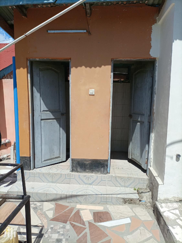 Ina Vyumba2,Master,Public Nnje,Sebule Na Car Parking   Houses & Apartments For Rent for sale in Kinondoni, Dar es Salaam, Tanzania