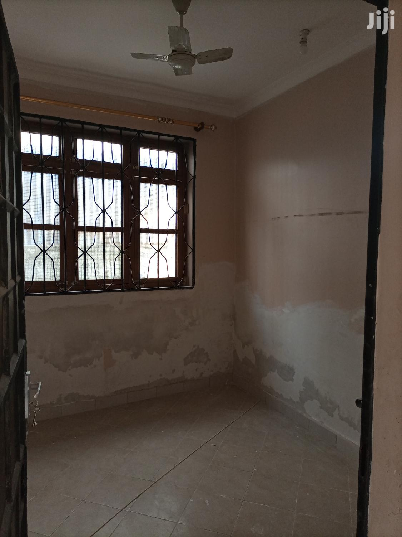 Ina Vyumba3,Master,Sebule,Jiko,Public Na Car Parking | Houses & Apartments For Rent for sale in Kinondoni, Dar es Salaam, Tanzania