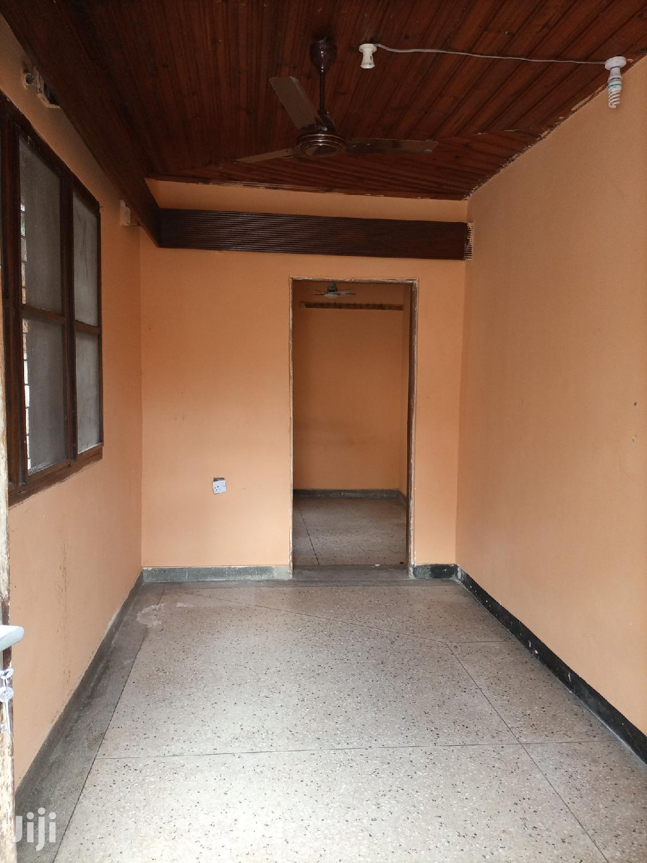 Chumba,Sebule,Choo Na Car Parking | Houses & Apartments For Rent for sale in Kinondoni, Dar es Salaam, Tanzania