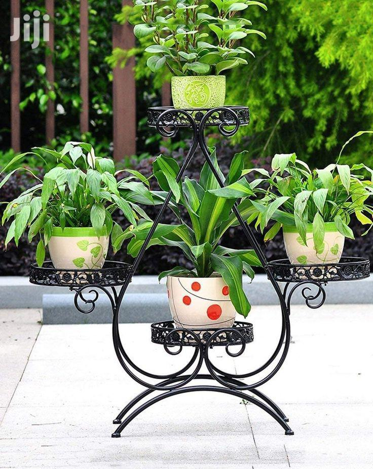Flower Stands At Affordable Price