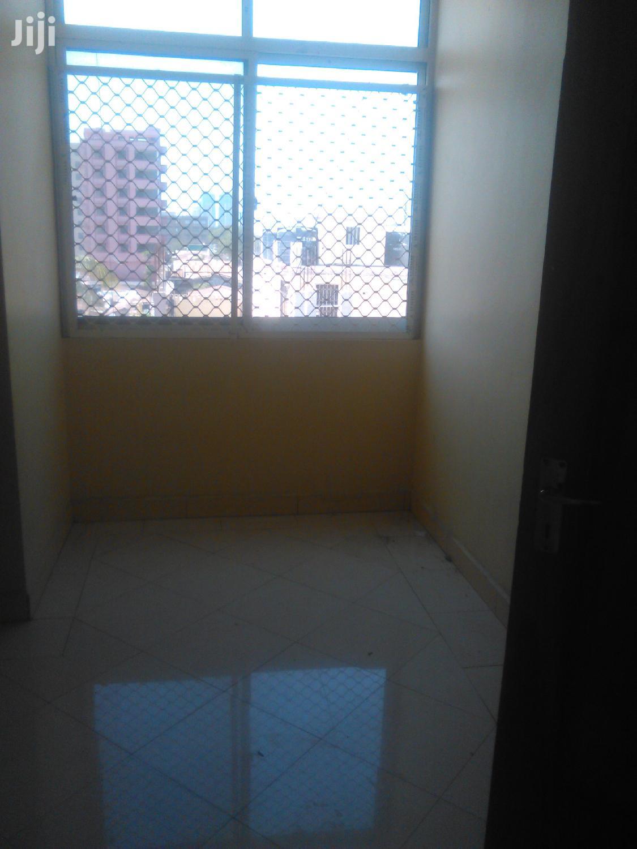 Ina Vyumba 3, Master,Public Toilet,Sebule,Jiko Na Carparking