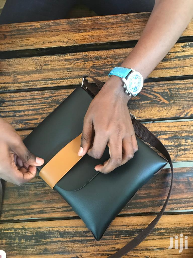 Single Belt Bag Zinapatikana Kwa Bei Nafuu Kabisa