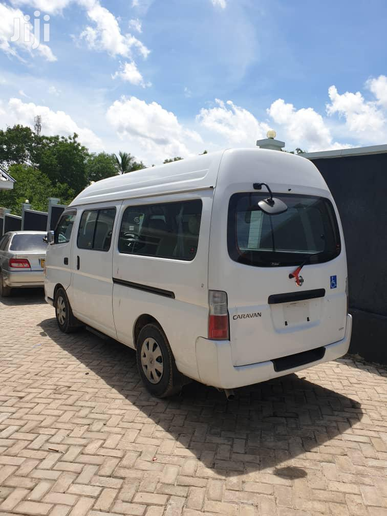 Archive: New Nissan Caravan 2011 White