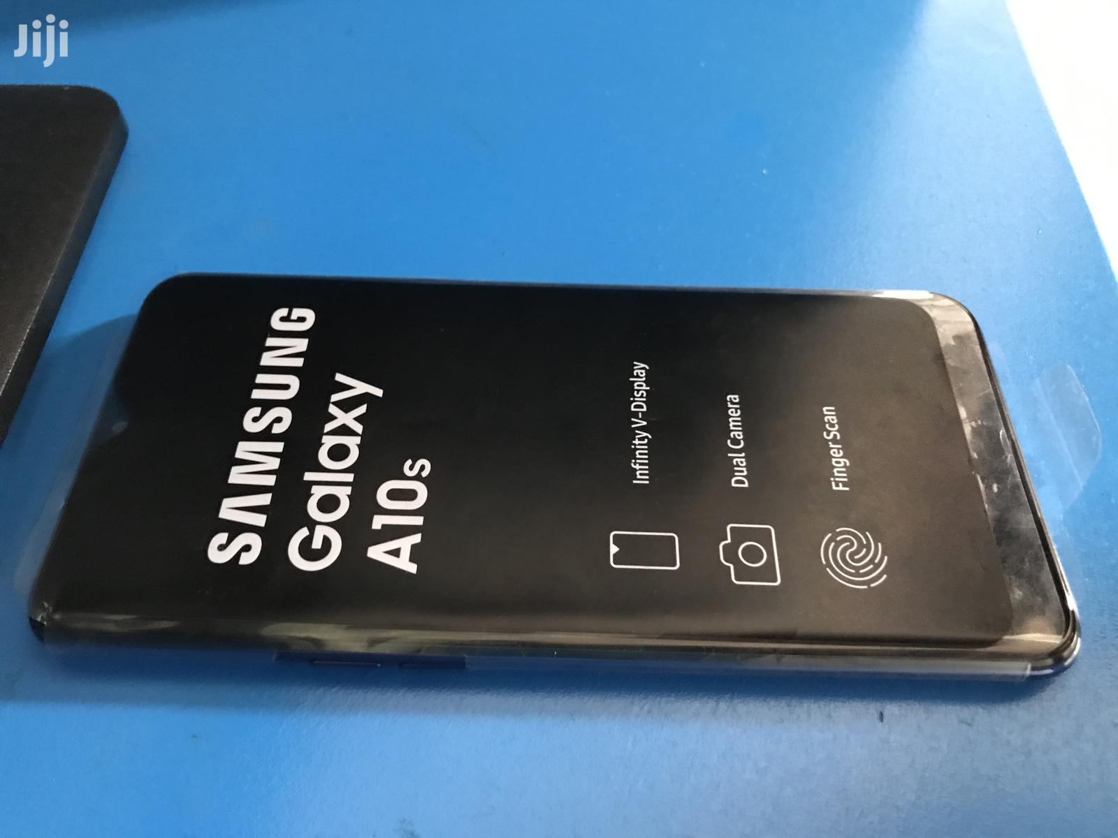 New Samsung Galaxy A10s 32 GB Blue