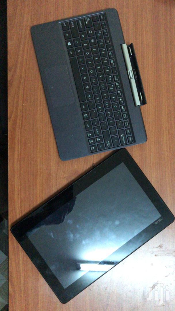 Archive: Laptop Asus 2GB Intel SSD 60GB