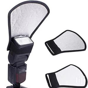 Camera Flash Diffuser, Silver And White Reflector   Accessories & Supplies for Electronics for sale in Dar es Salaam, Kinondoni