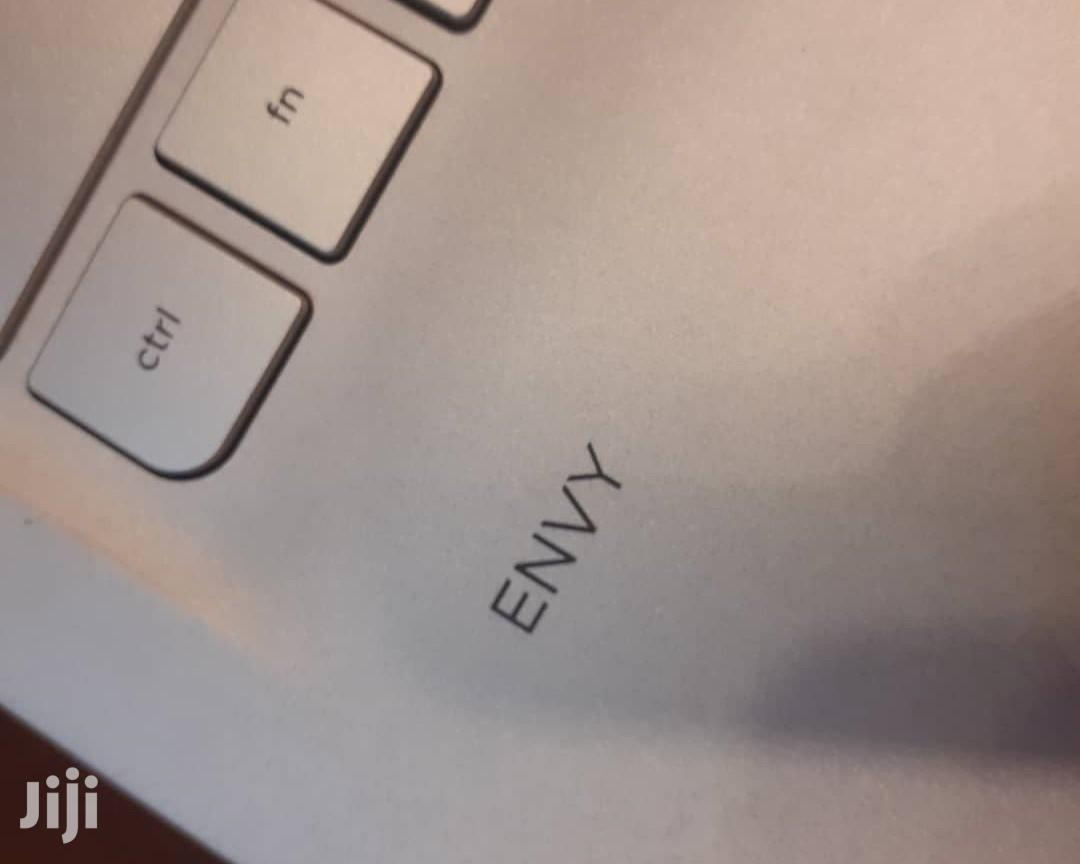 Archive: Laptop HP Envy Pro 8GB Intel Core I5 HDD 1T