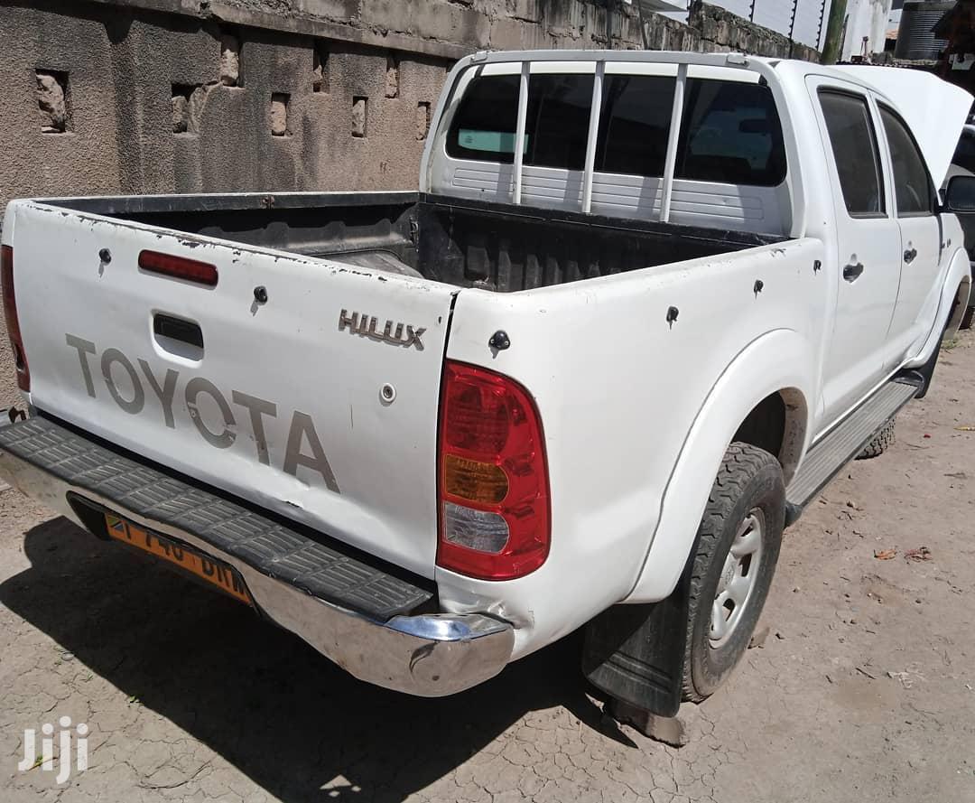 Toyota Hilux 3.0 D-4D Double Cab 2008 White