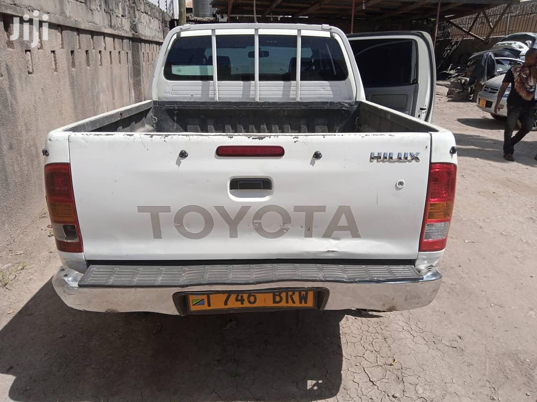 Toyota Hilux 3.0 D-4D Double Cab 2008 White   Cars for sale in Kinondoni, Dar es Salaam, Tanzania