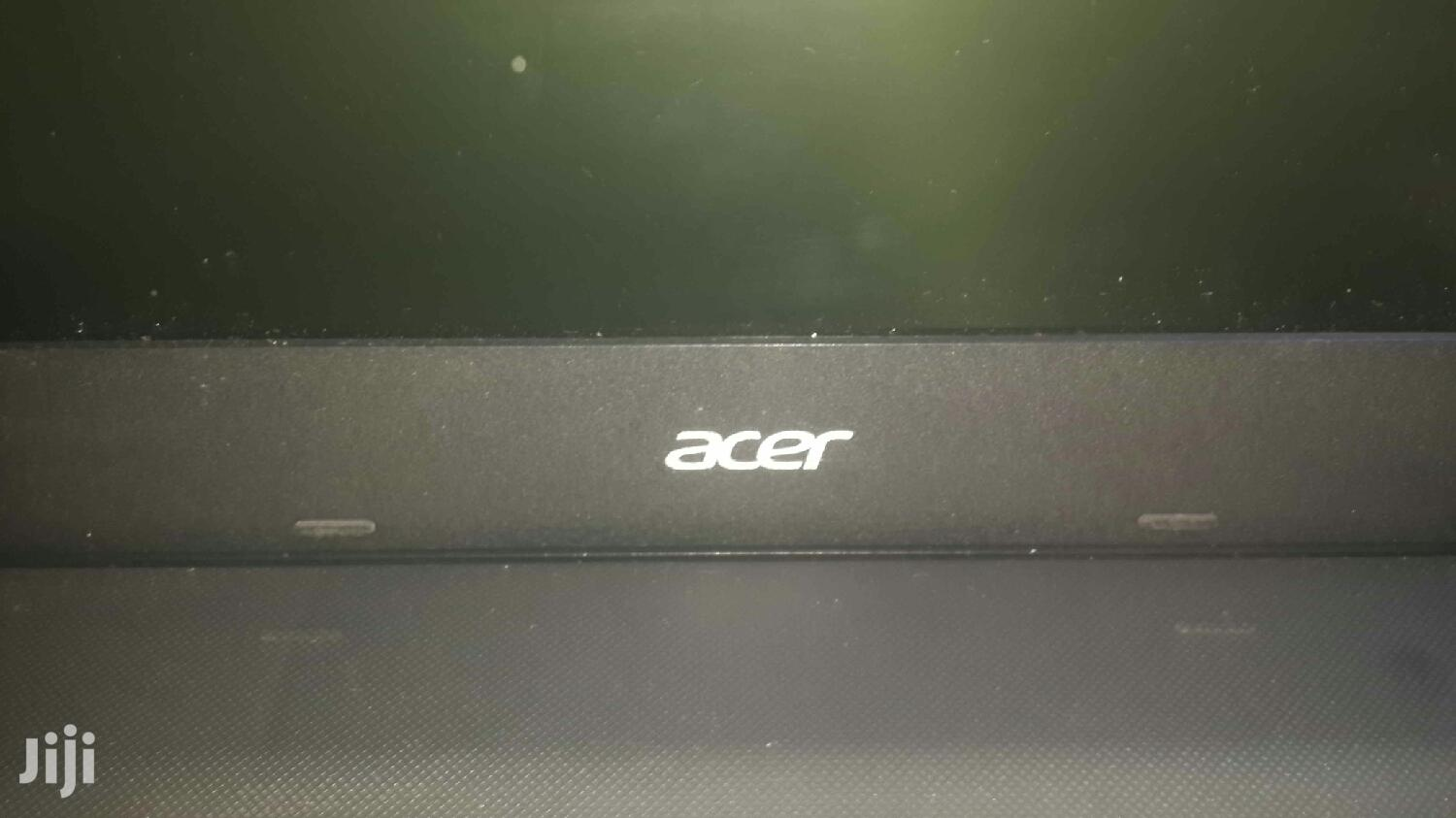 Archive: Laptop Acer Aspire 1500 4GB Intel Core i3 HDD 500GB