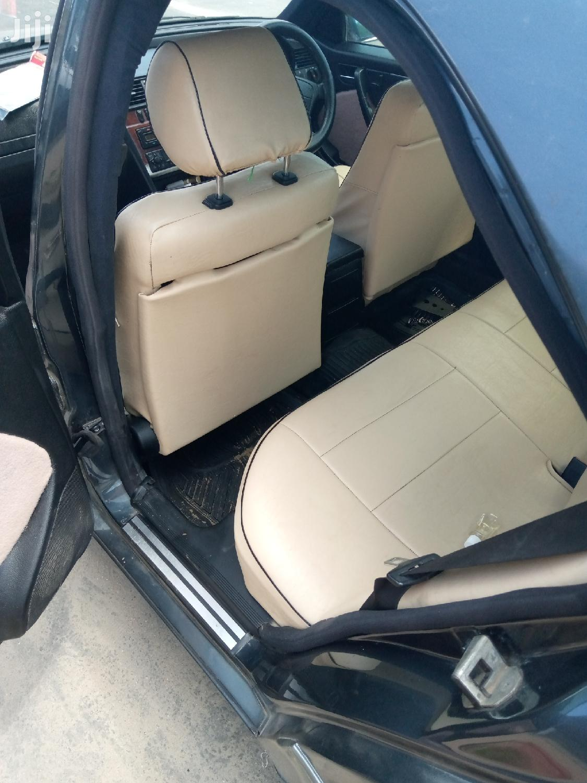 Mercedes-Benz C200 2001 Black | Cars for sale in Kinondoni, Dar es Salaam, Tanzania