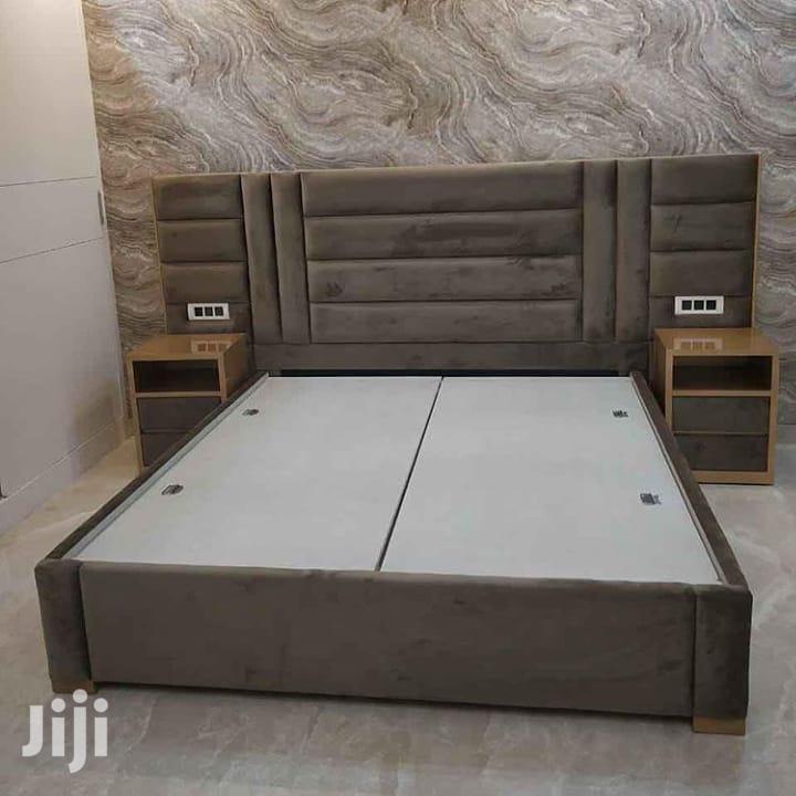 Classic Bed Design (Bedside+Sockets)