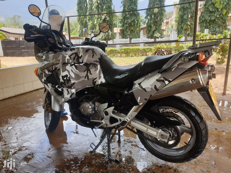 Honda 2004 Silver | Motorcycles & Scooters for sale in Ilala, Dar es Salaam, Tanzania