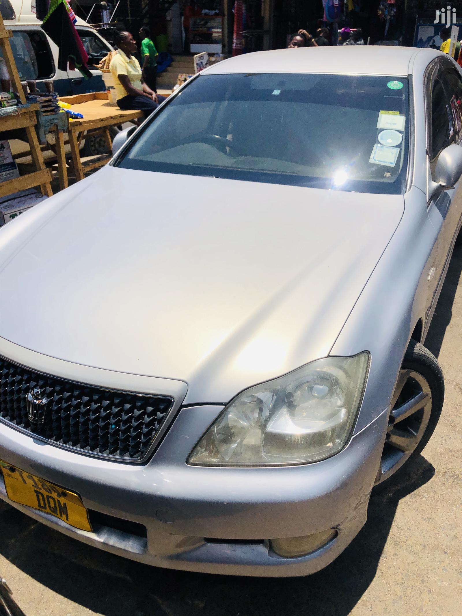 Archive: Toyota Crown 2006 Silver