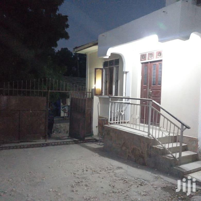 2bedrooms,Sebule, Jiko Na Choo