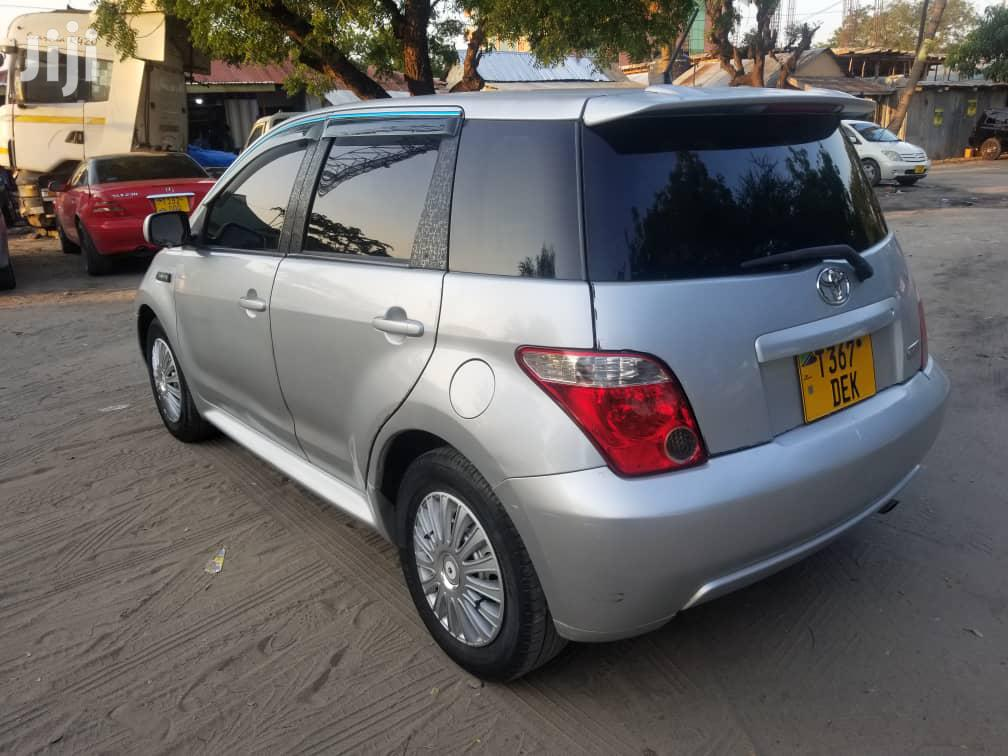 Toyota IST 2007 Silver