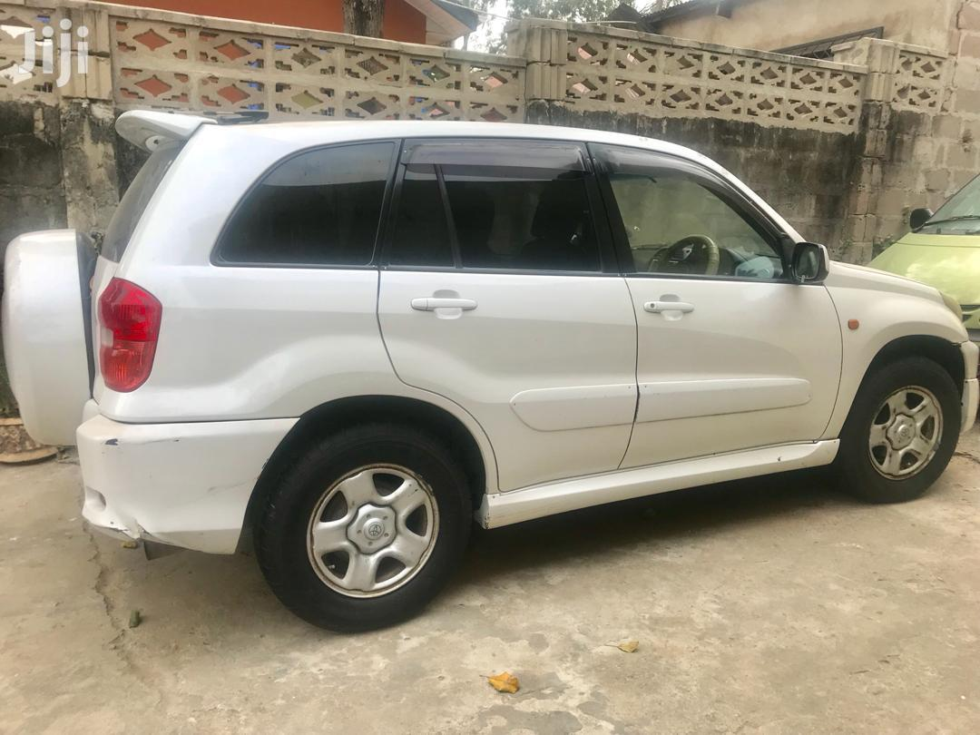 Toyota RAV4 2002 White | Cars for sale in Kinondoni, Dar es Salaam, Tanzania
