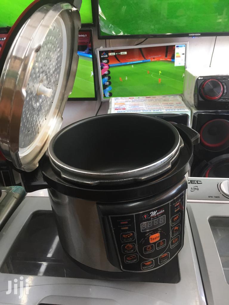 Electro Master Pressure Cooker