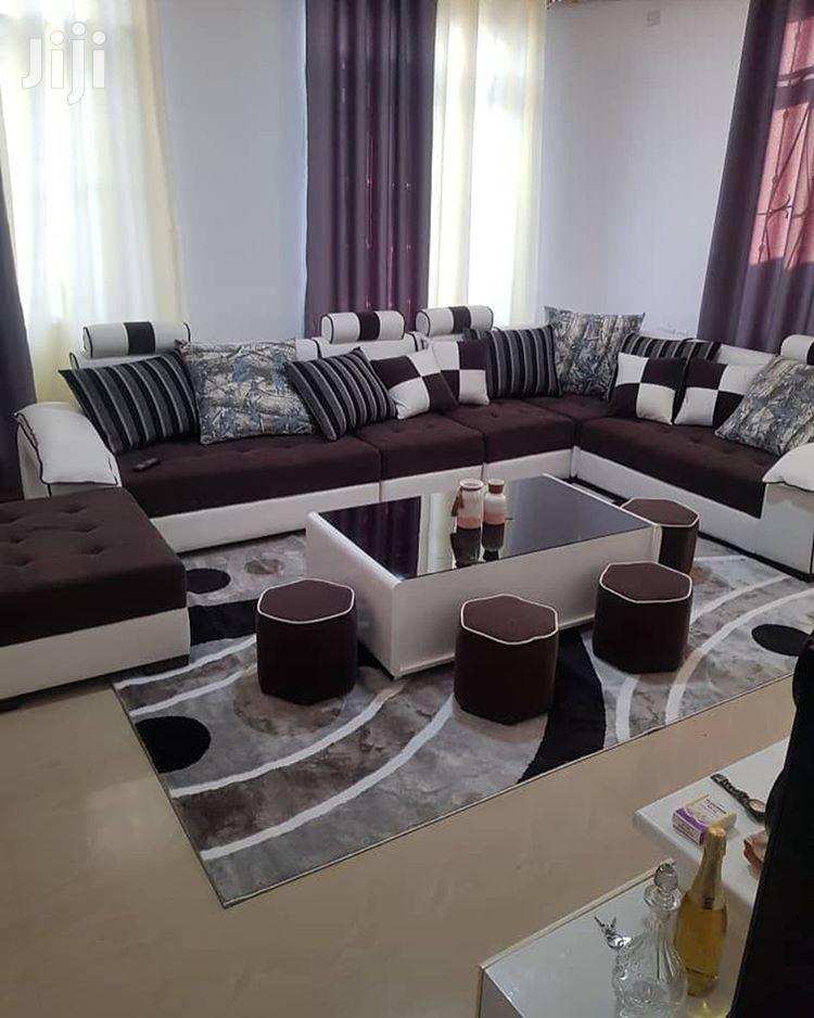Classic L-SHAPE DESIGN (7seat+Coffee Table And Ottomans)