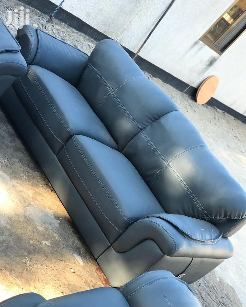 Elegant Sofa Leather (3:2:1:1)   Furniture for sale in Kinondoni, Dar es Salaam, Tanzania