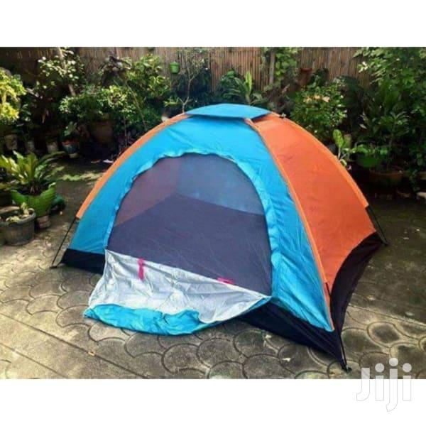 Outdoor Camping Tent 4 People Manually