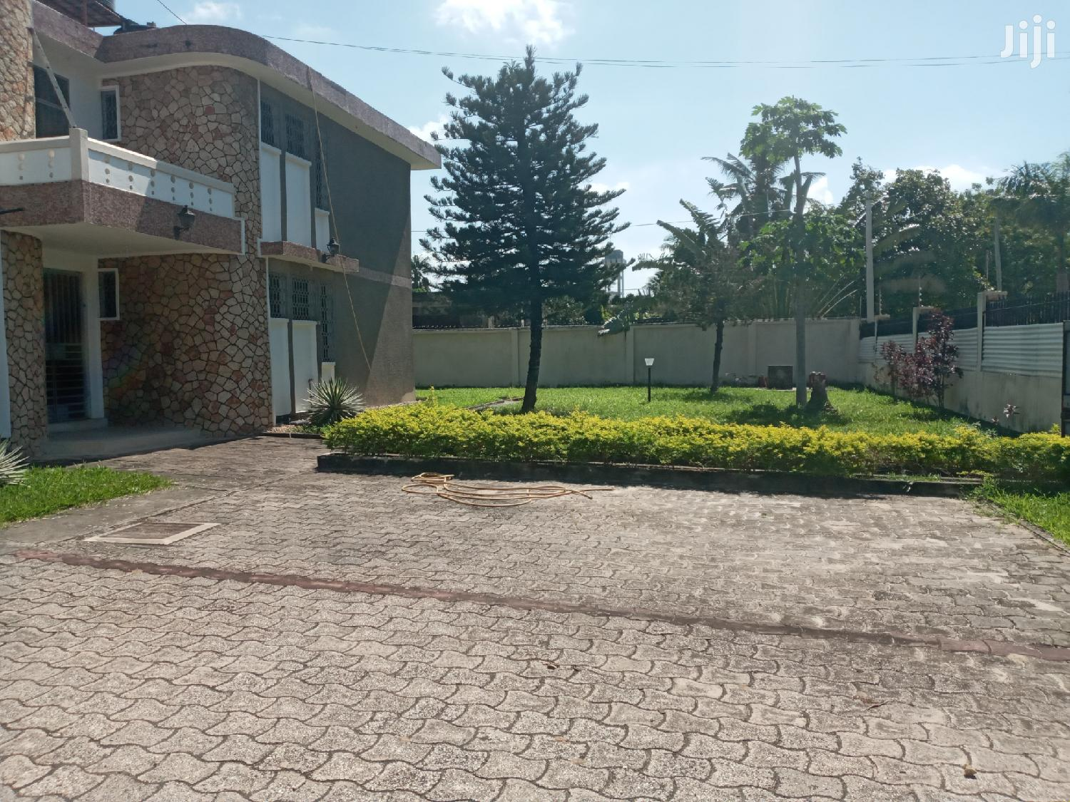 6 Bedroom House For Rent In Mikocheni Not Far From Rose Garden | Houses & Apartments For Rent for sale in Kinondoni, Dar es Salaam, Tanzania
