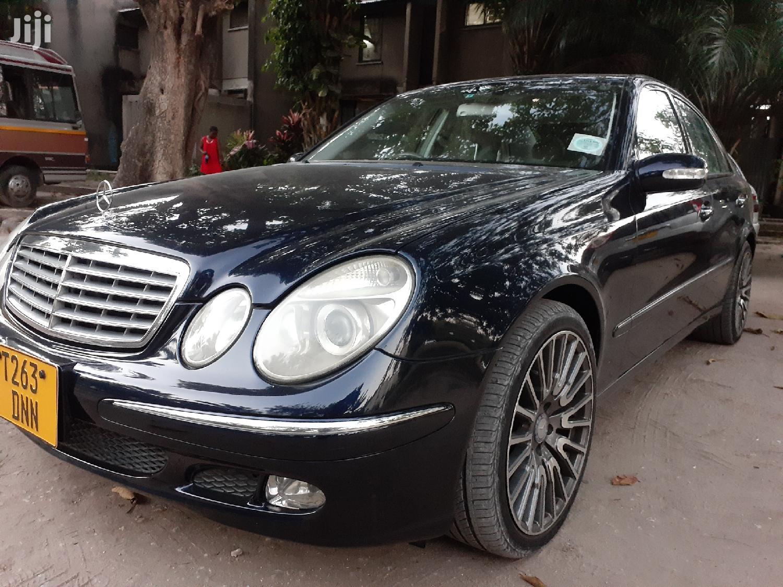 Mercedes-Benz E240 2002 Black