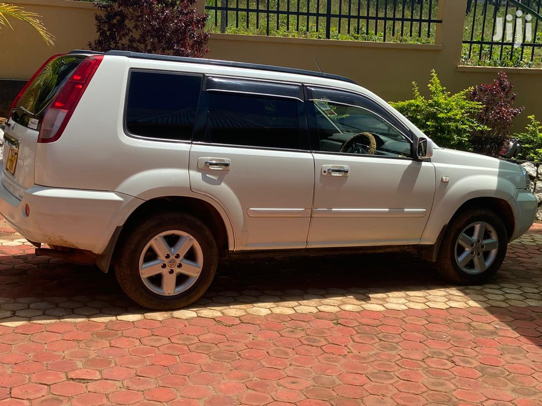 Nissan X-Trail 2005 2.2 D Limited 4x4 White | Cars for sale in Bukoba Urban, Kagera Region, Tanzania