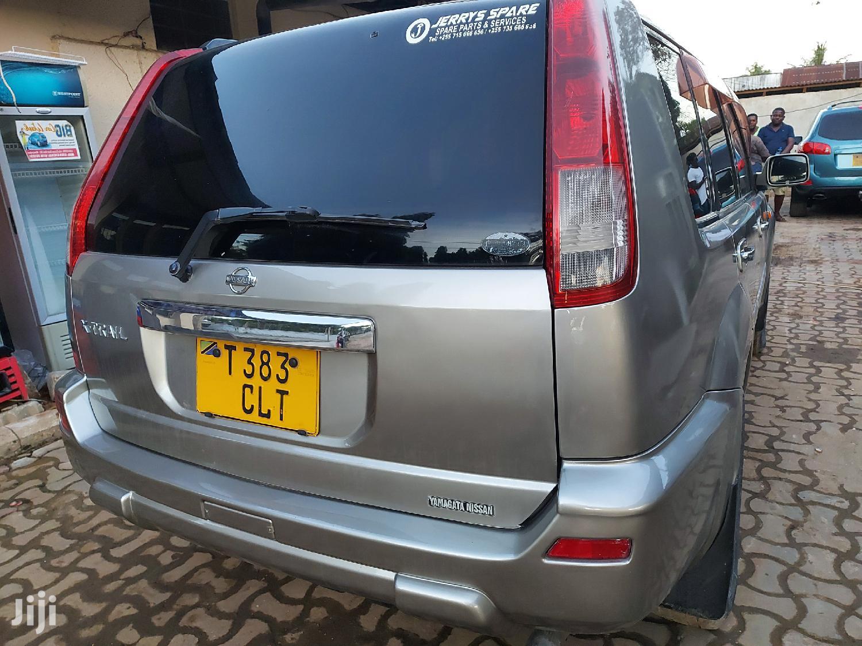 Nissan X-Trail 2001 2.0 Gray   Cars for sale in Kinondoni, Dar es Salaam, Tanzania