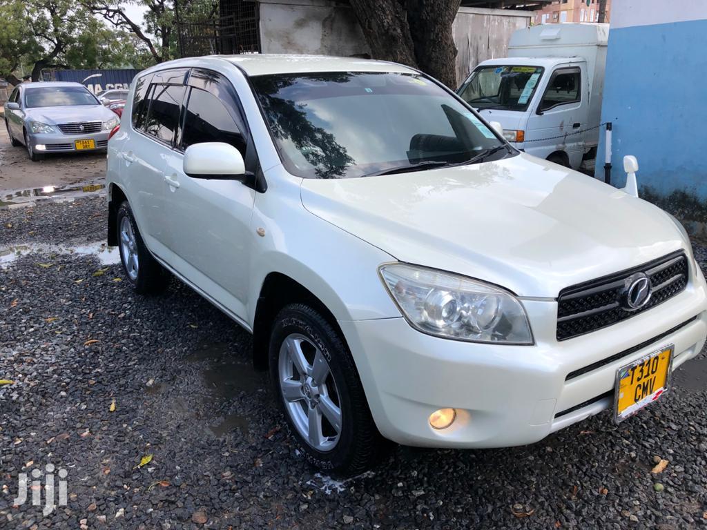 Toyota RAV4 2005 2.0 Automatic White | Cars for sale in Kinondoni, Dar es Salaam, Tanzania