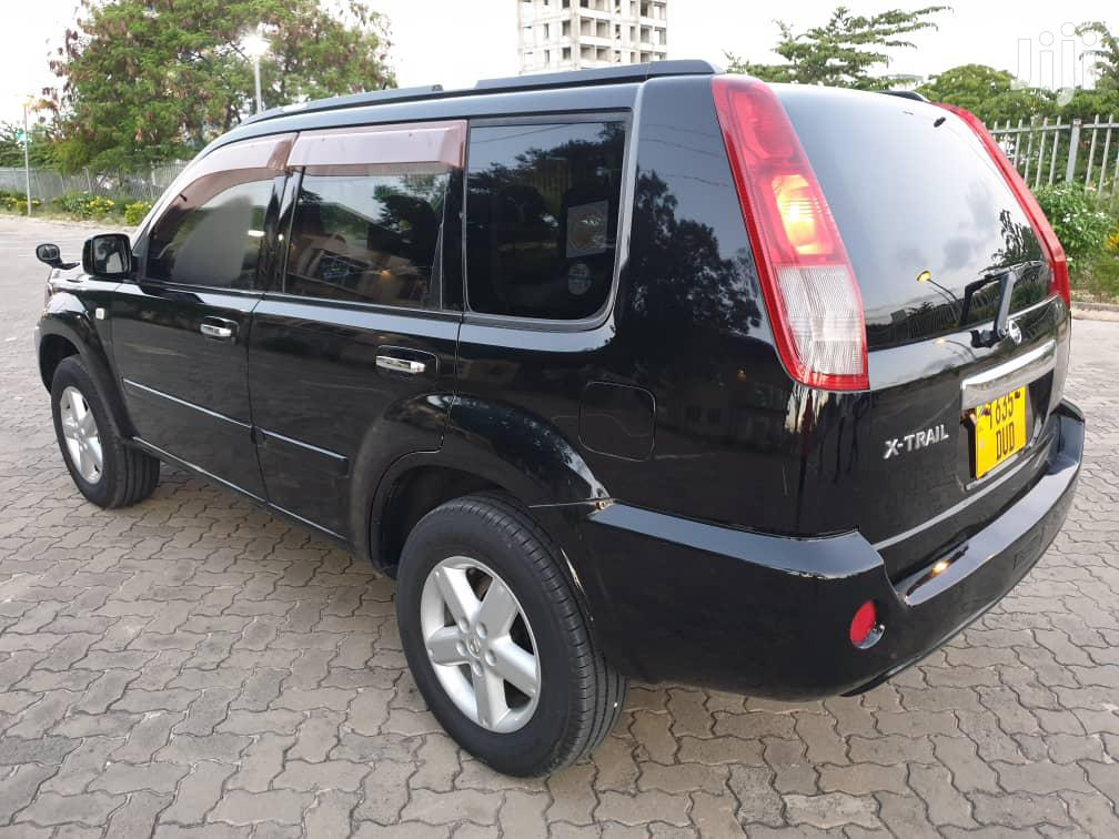 Archive: Nissan X-Trail 2005 Black