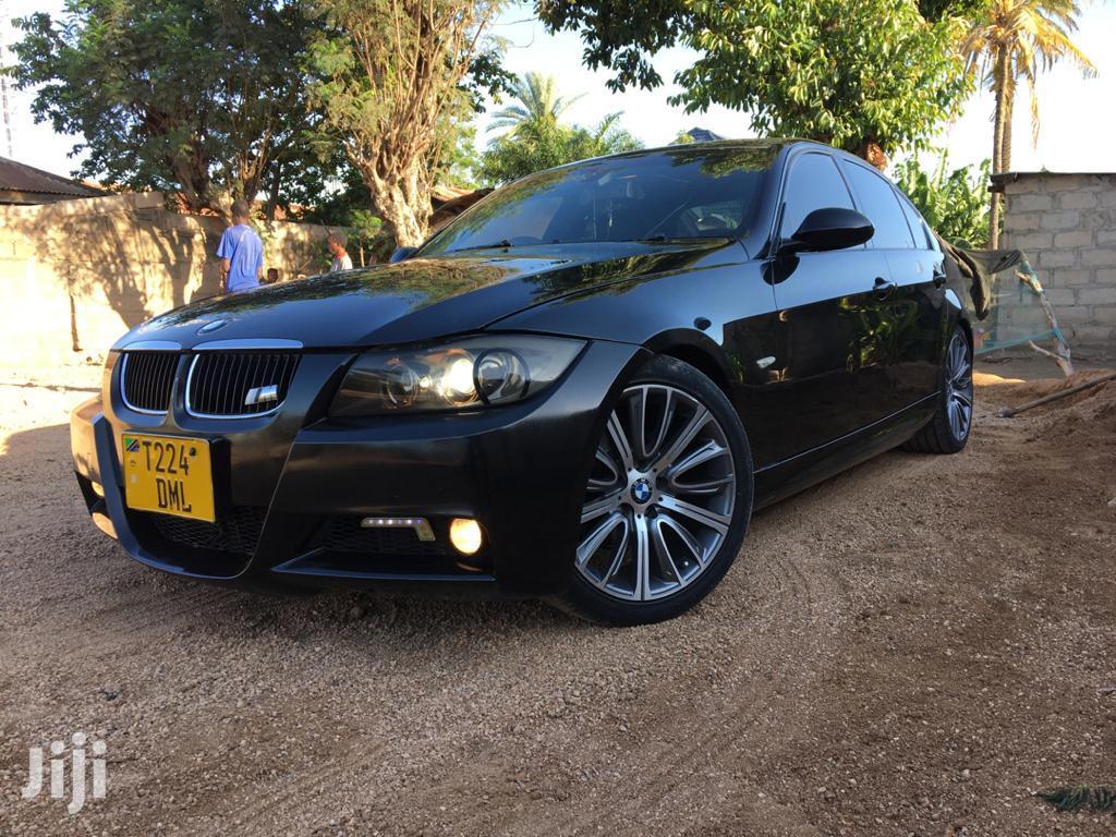 BMW 320i 2008 Black