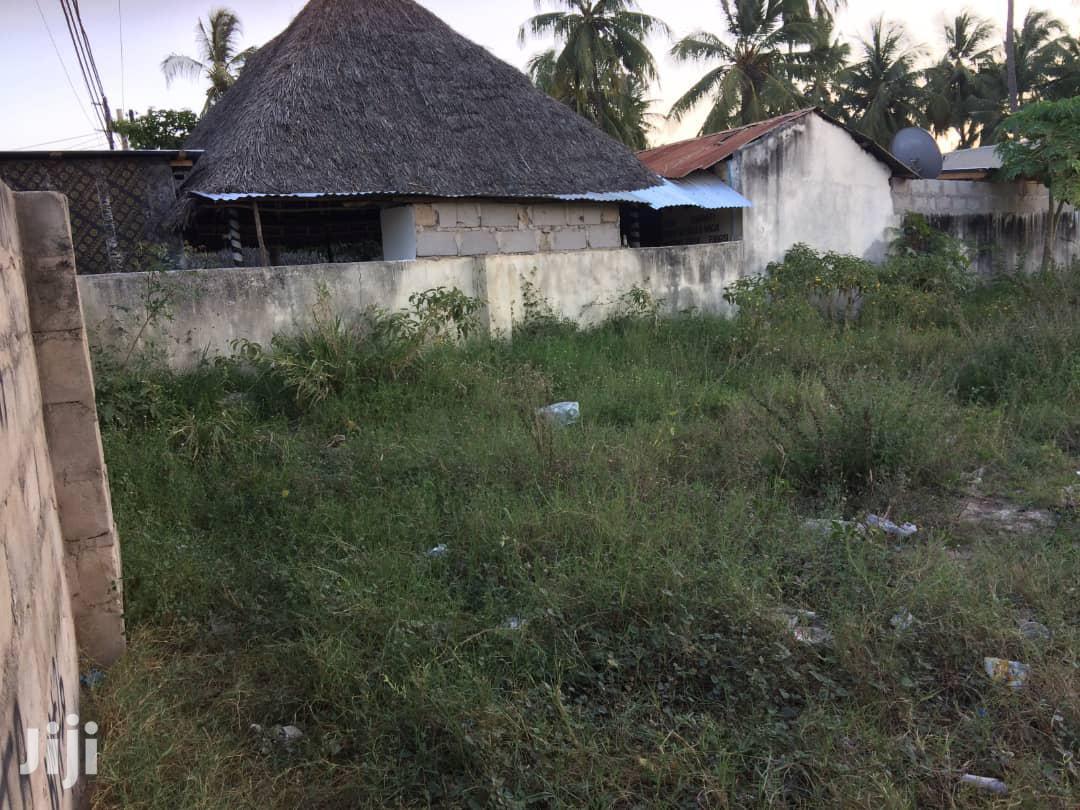 Kiwanja Kinauzwa Kigamboni Kina Ukubwa Wa Sqm 3200 | Land & Plots For Sale for sale in Kigamboni, Temeke, Tanzania