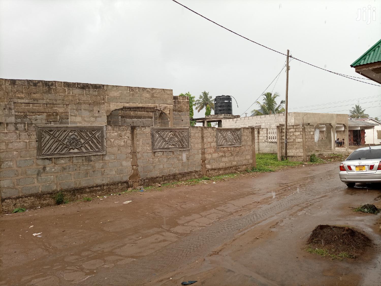 Boma Mbili Kwa Moja Linauzwa | Houses & Apartments For Sale for sale in Chamazi, Temeke, Tanzania
