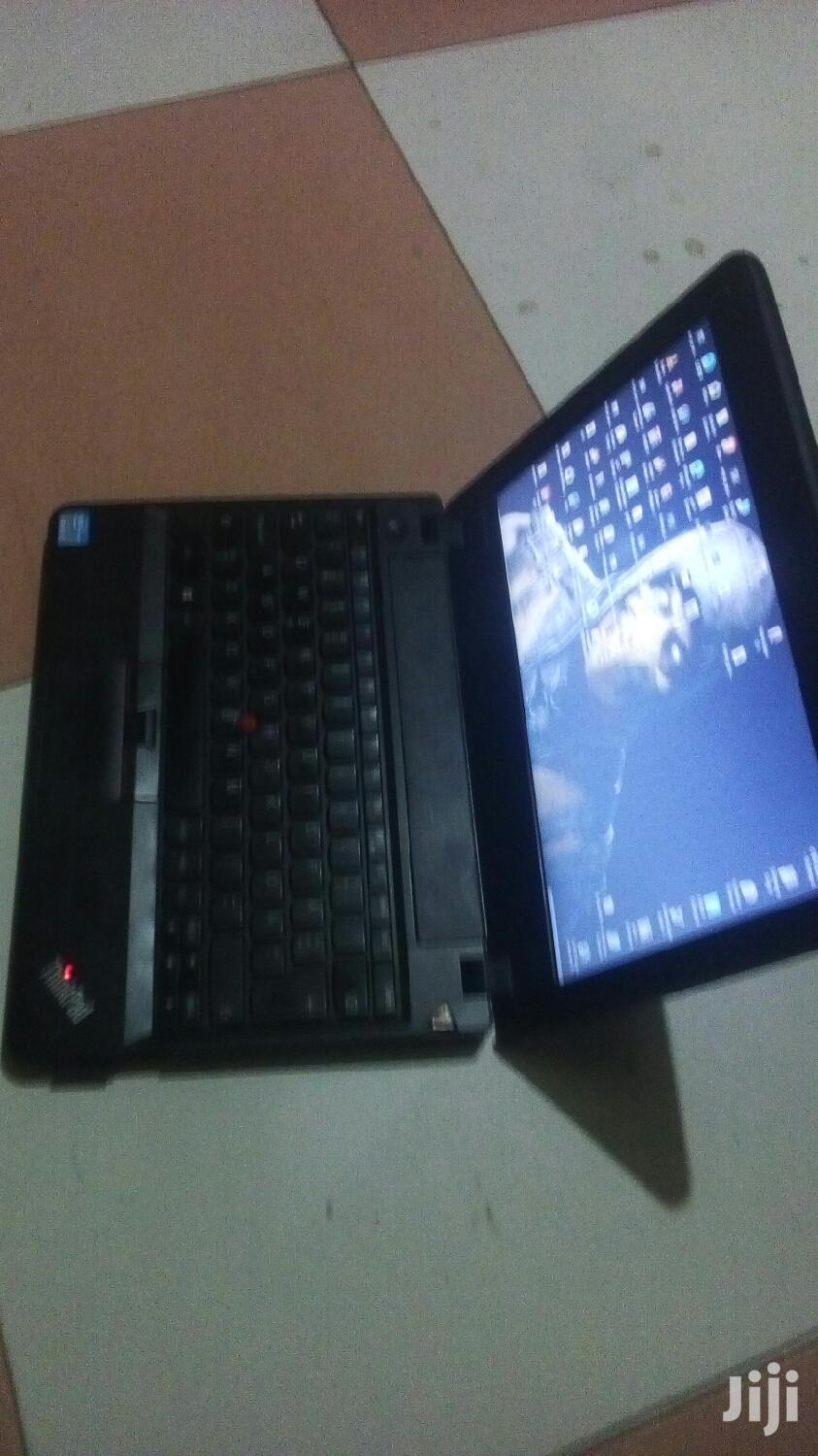 Archive: Laptop Lenovo ThinkPad X131e 8GB Intel Core i3 HDD 320GB