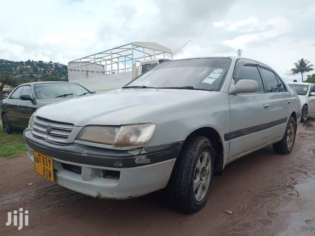 Archive: Toyota Premio 1999 Silver