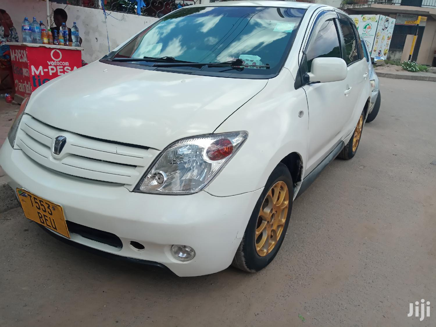 Archive: Toyota IST 2002 White