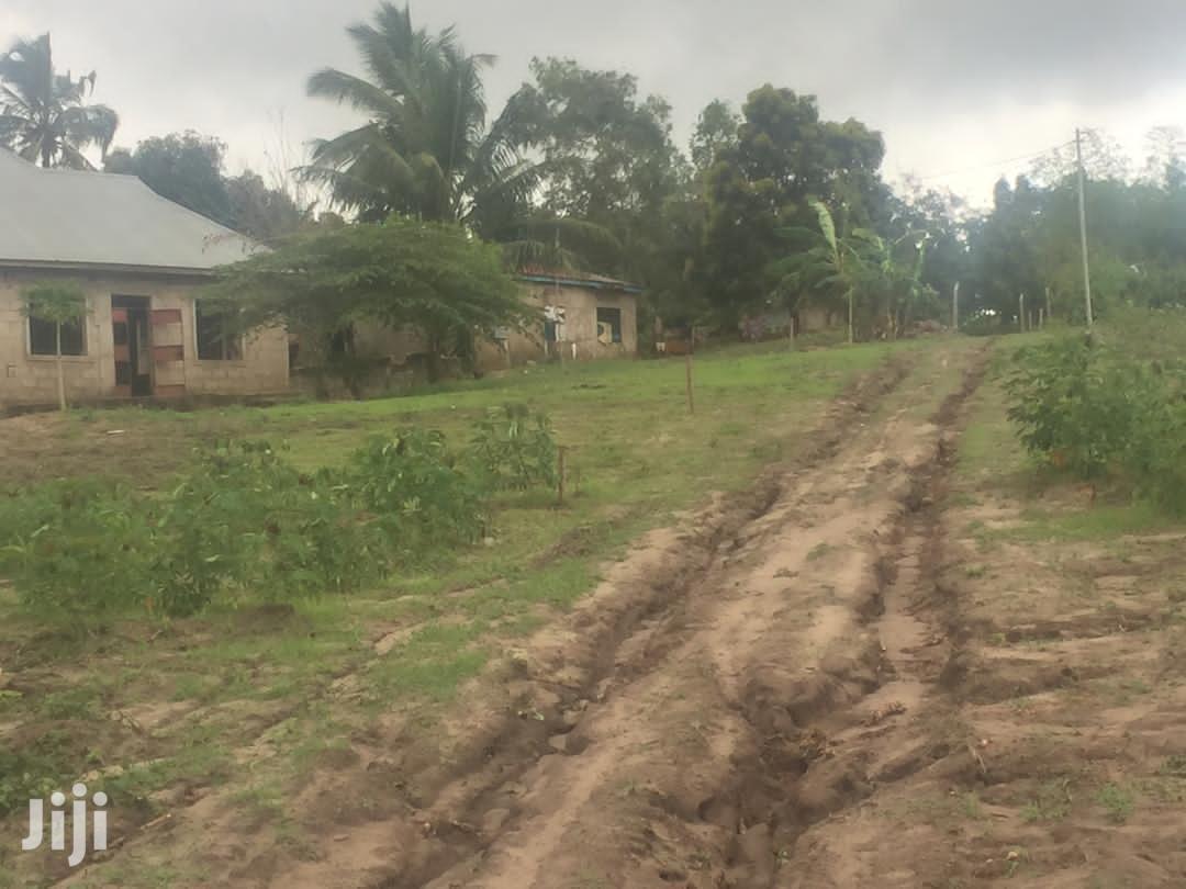 Archive: Viwanja Iyumbu Dodoma (Njia Ya UDOM)