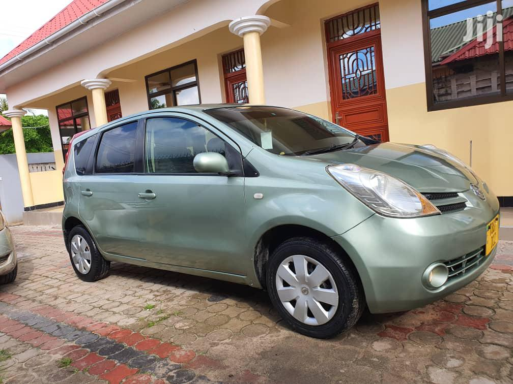 Archive: Nissan Note 2005 Green