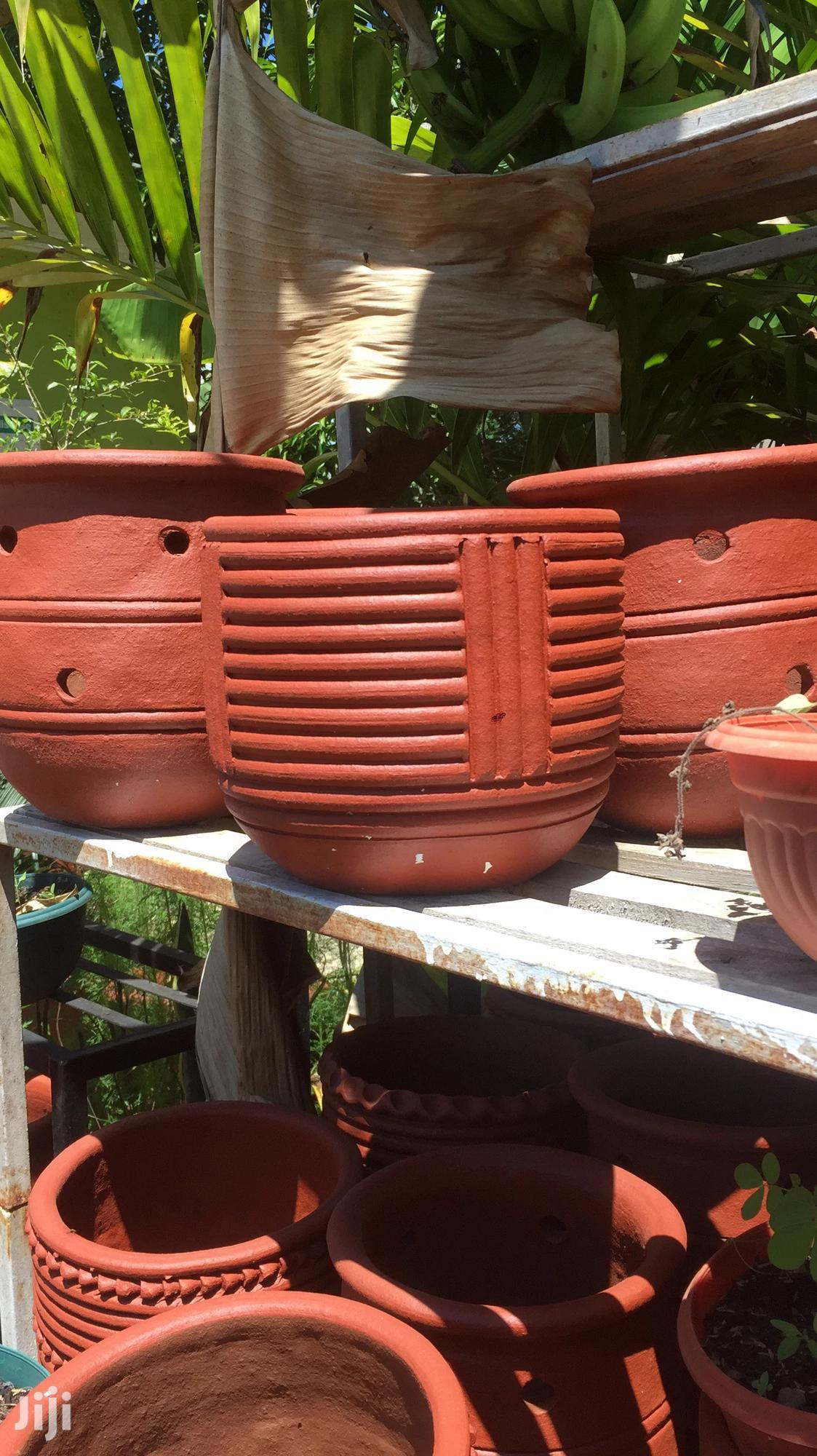 Archive: Clay Flower Pots