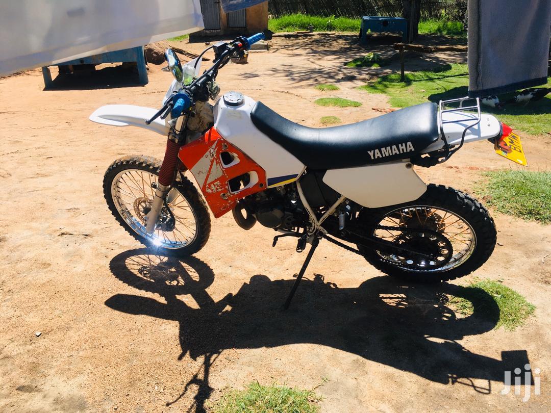 Archive: Yamaha YZF-R 1991 White