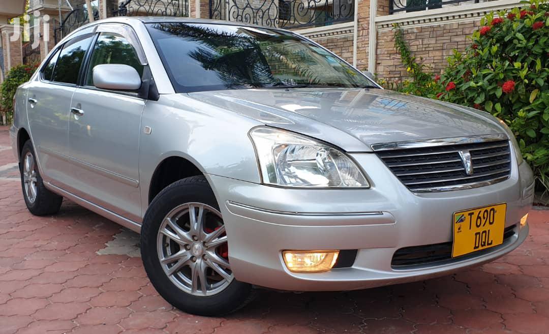 Toyota Premio 2004 Silver | Cars for sale in Kinondoni, Dar es Salaam, Tanzania
